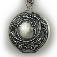 Silver Antique Round Locket - Sadie